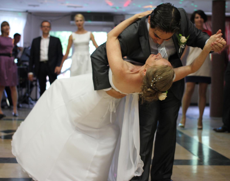 pierwszy taniec - ślub w Komprachcicach